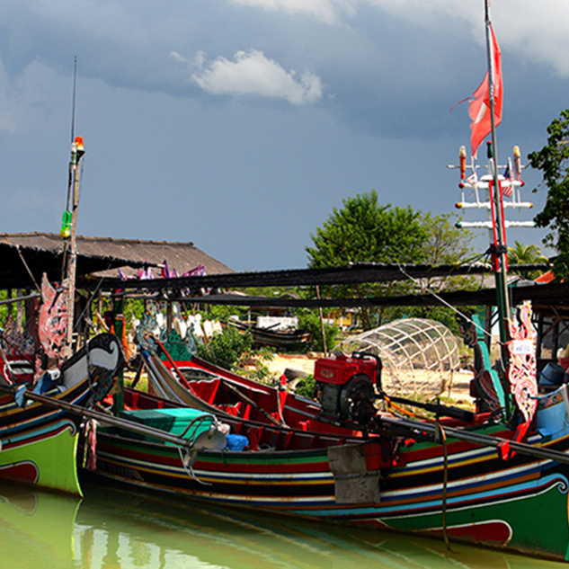 Discover Kelantan on Traditional Fishing Boat Tour